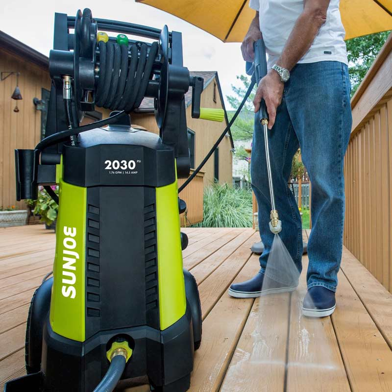 The Sun Joe SPX3001 cleaning decking
