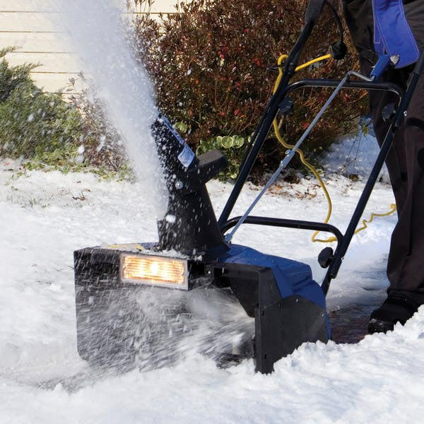 Single stage snow thrower from Snow Joe