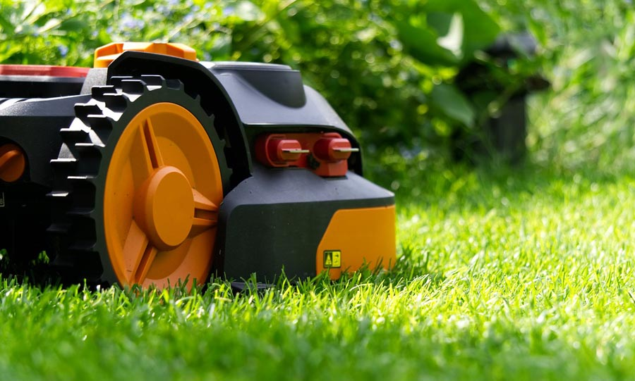 Side view of robotic lawn mower